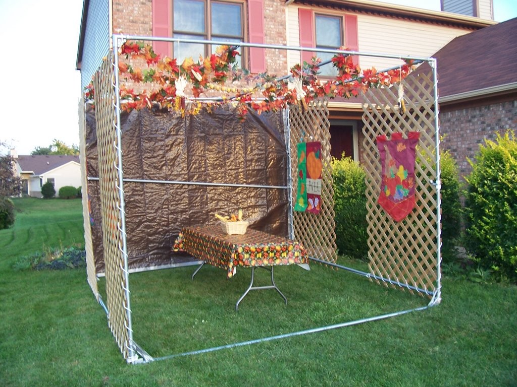 Image of: Sukkah Decorations Homemade