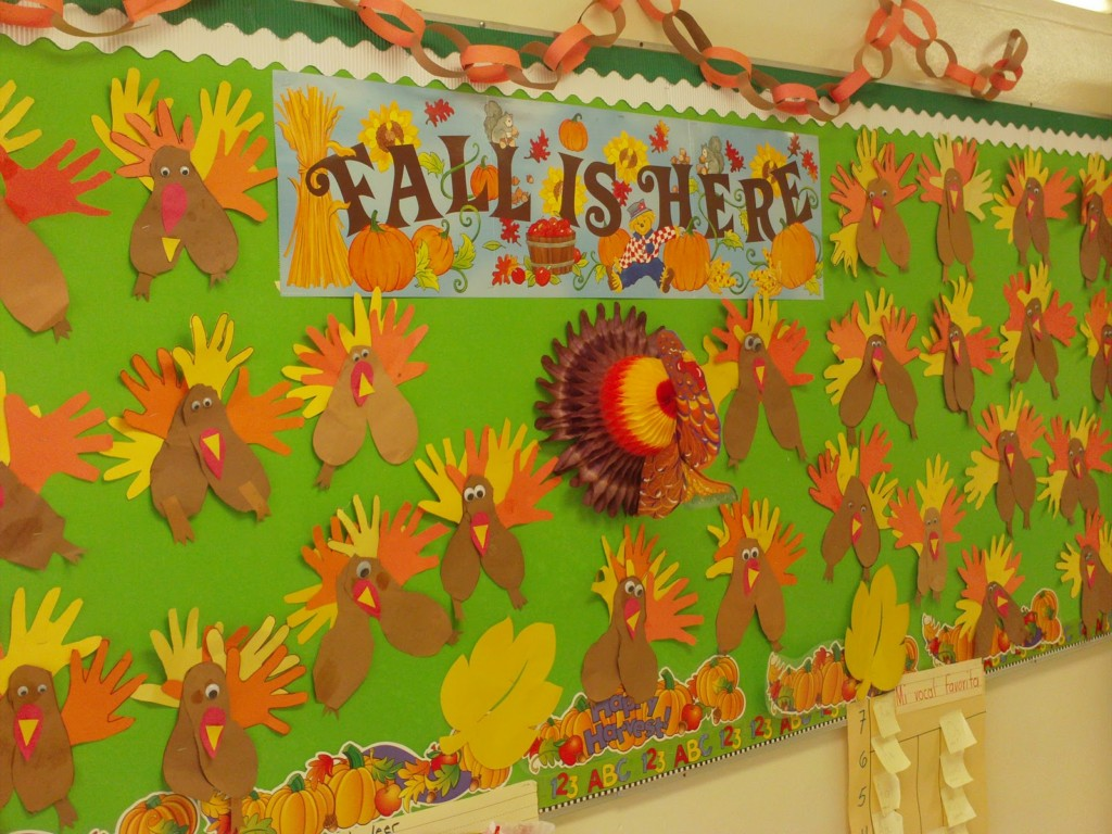 Thanksgiving Bulletin Board Preschool