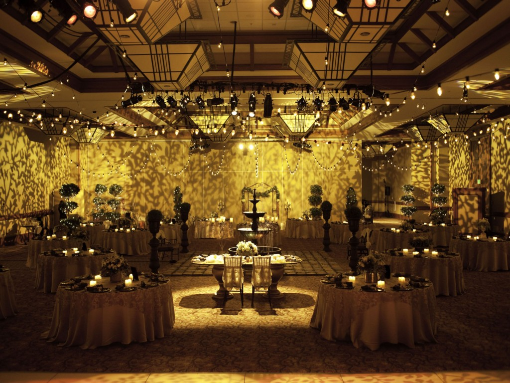 Image of: Wedding Reception Decoration Pictures