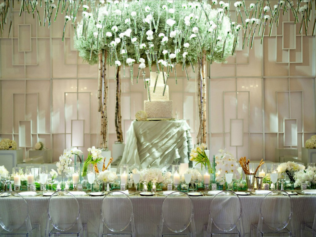Image of: Wedding Reception Decorations Cheap