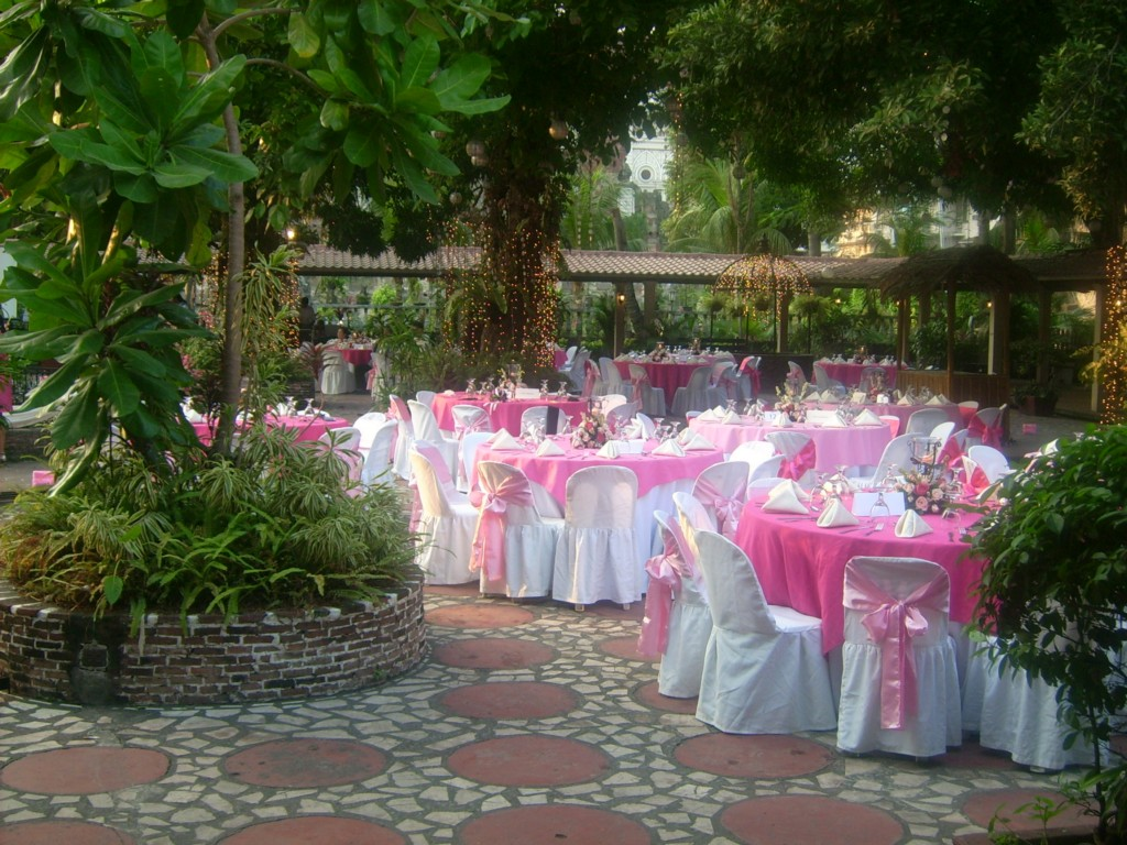 Image of: Wedding Reception Decorations