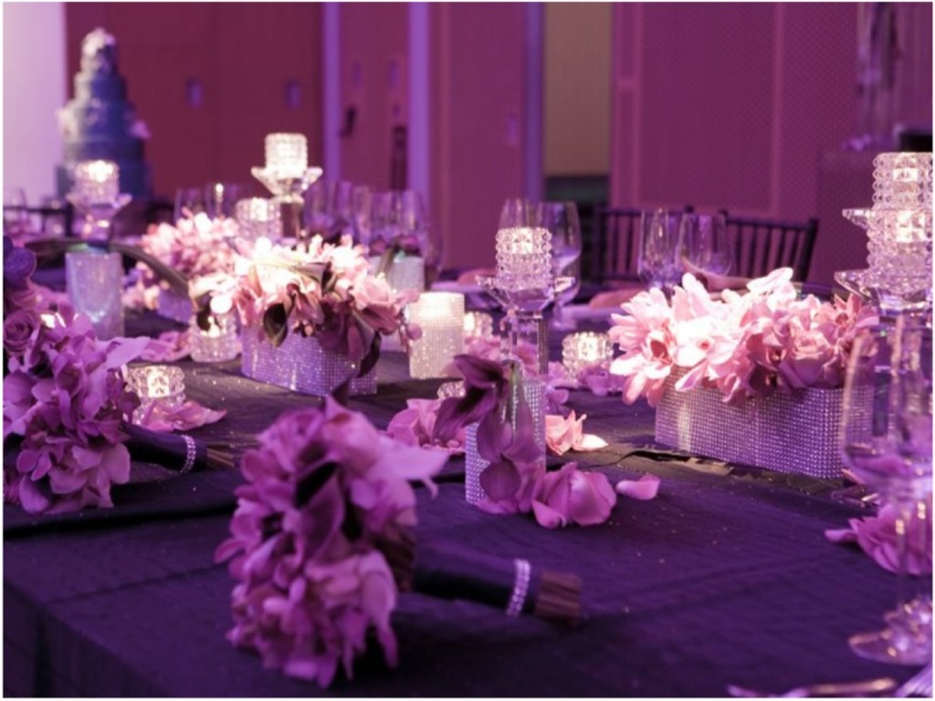 Image of: Wedding Reception Table Decor