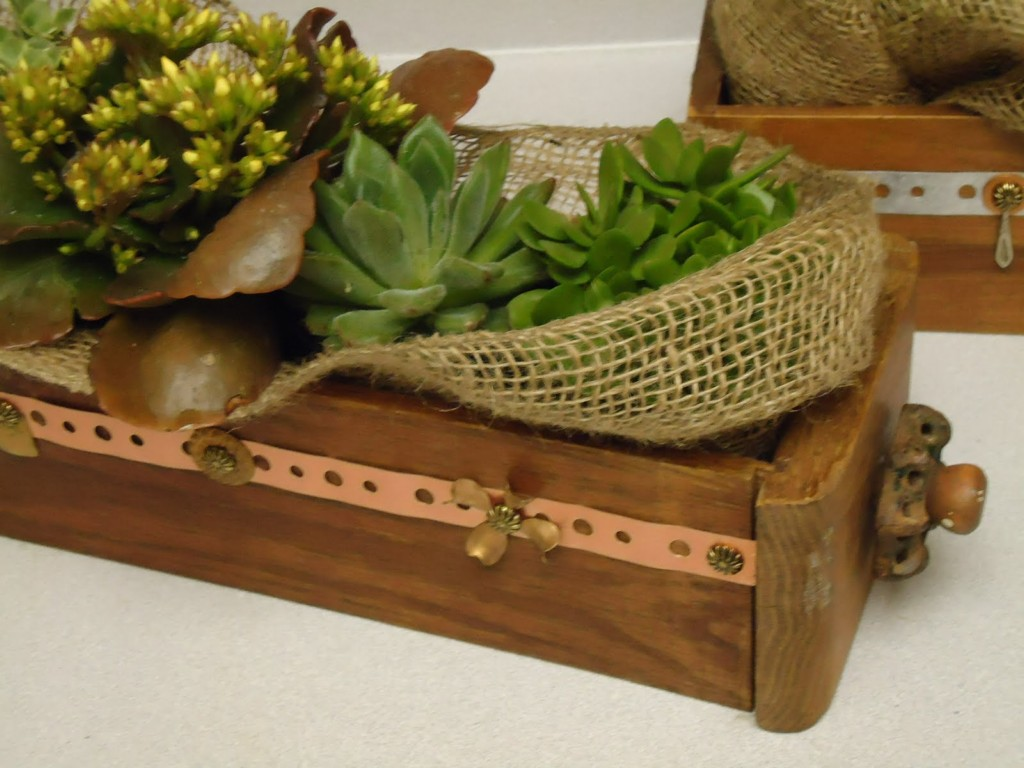 Image of: Wooden Flower Box
