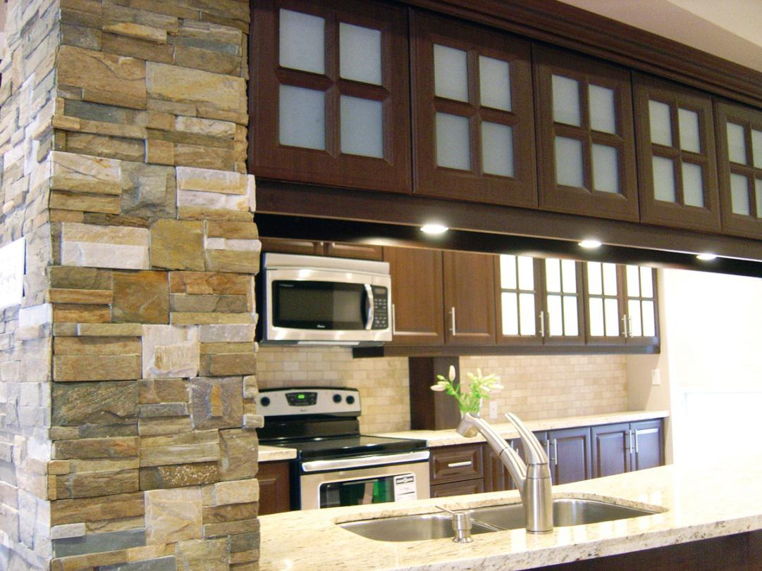 Image of: Interior Stone Veneer Installation