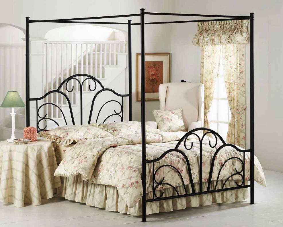 Image of: Iron Canopy Beds Italian Style