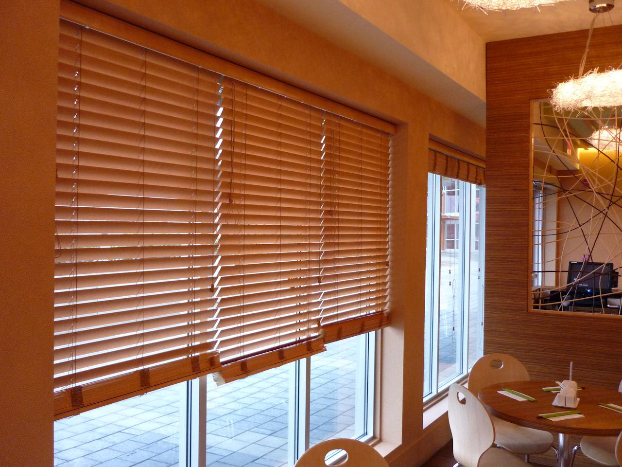 Image of: 1 Inch Faux Wood Blinds