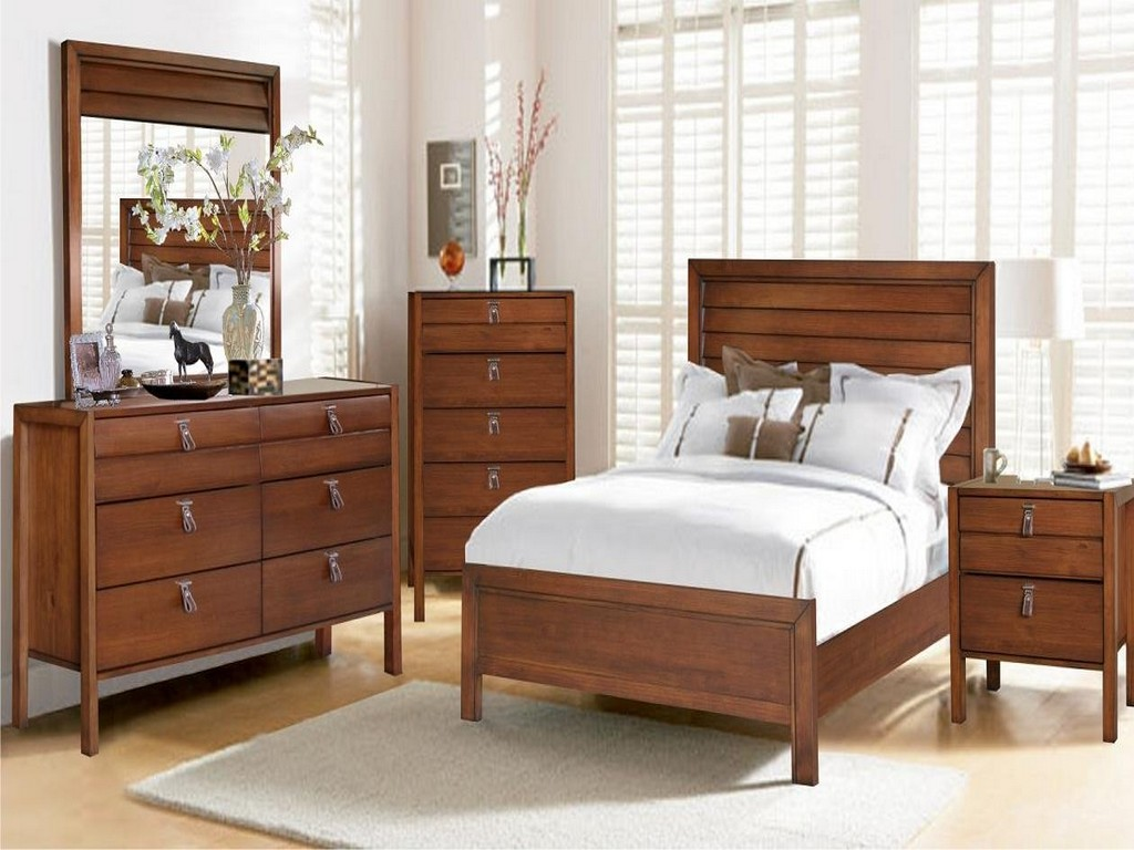 Image of: All Wood Bedroom Sets
