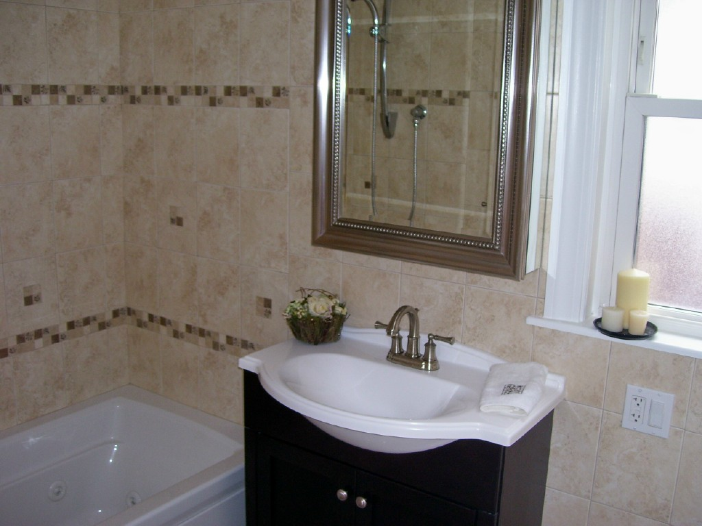 Image of: Bathroom Remodel Cost
