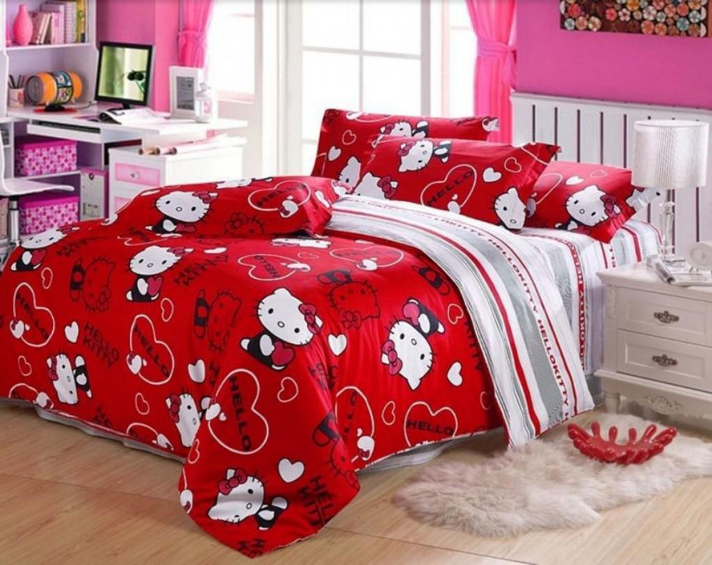Image of: Best Hello Kitty Bedroom Set Queen