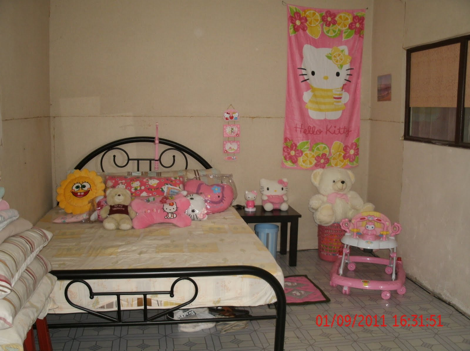 Image of: Best Hello Kitty Furniture