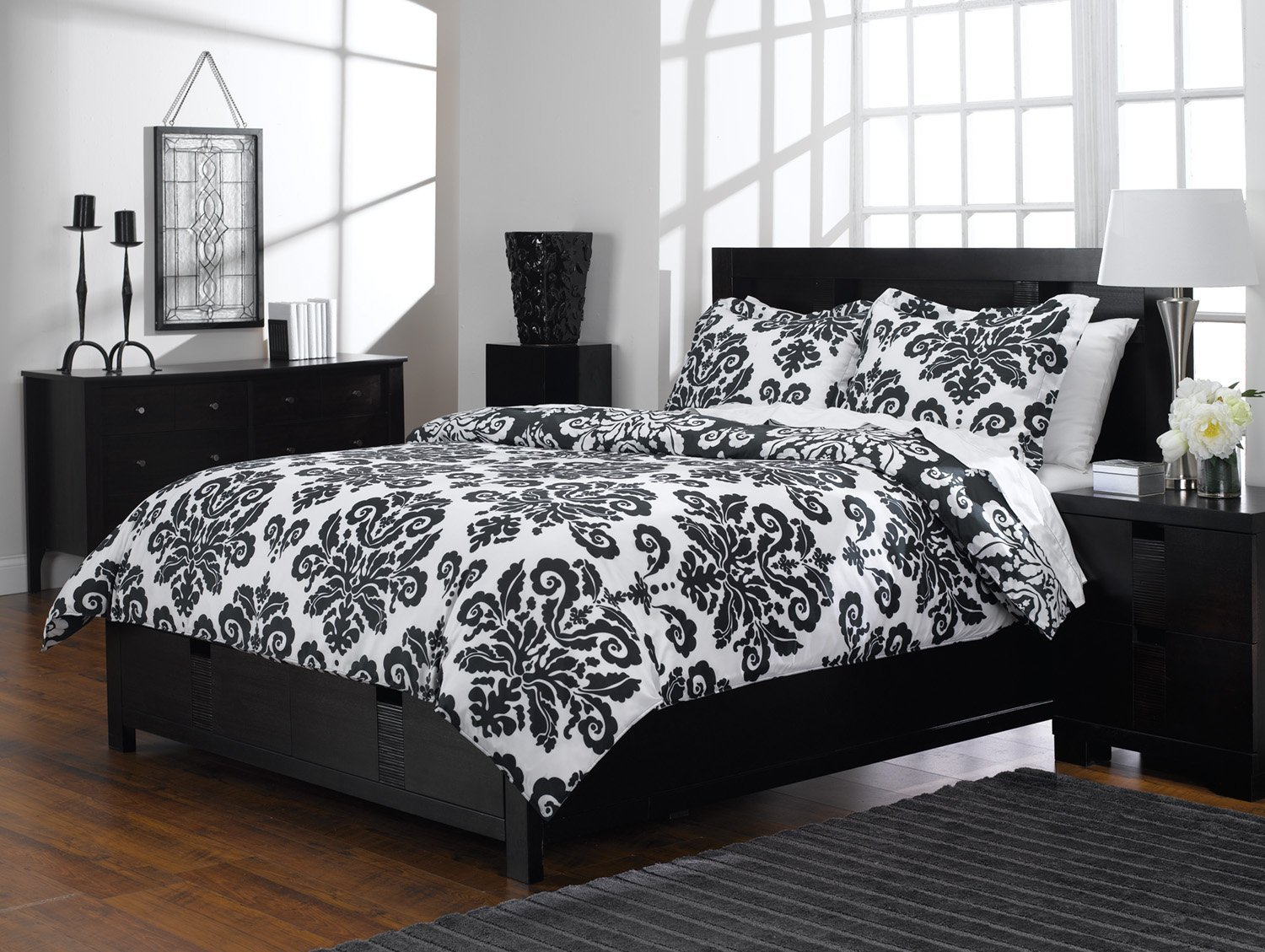 Image of: Black And White Duvet Cover Queen