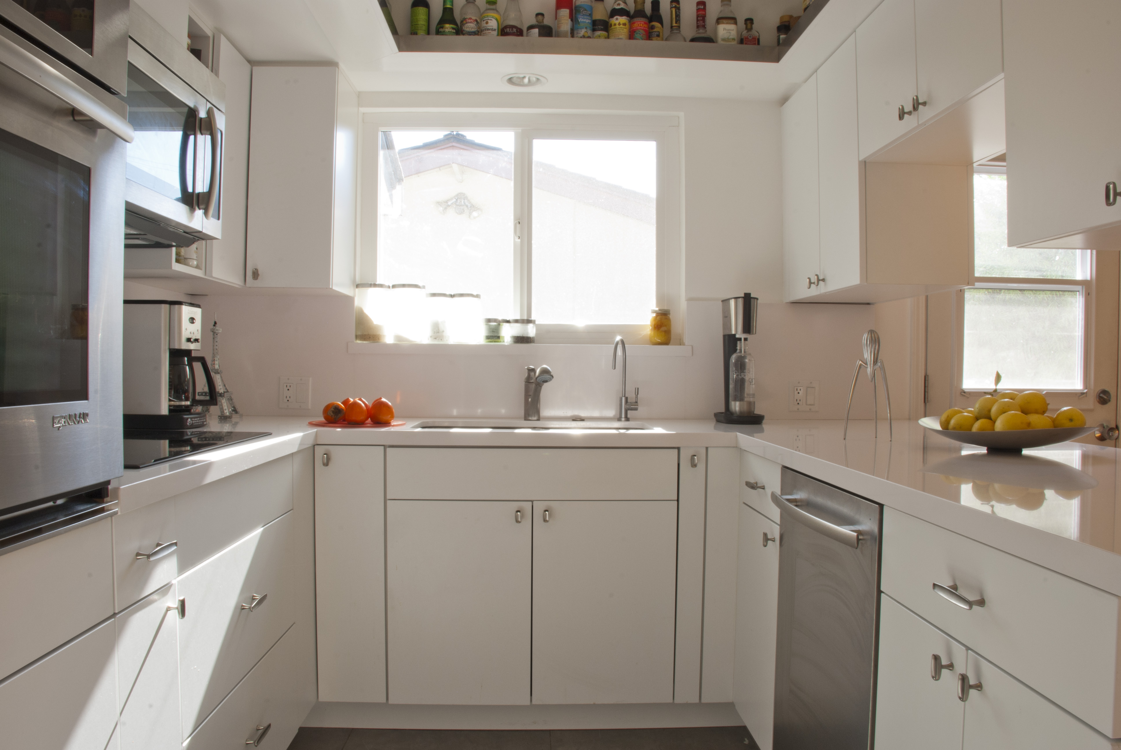 Image of: Do Quartz Countertops Stain