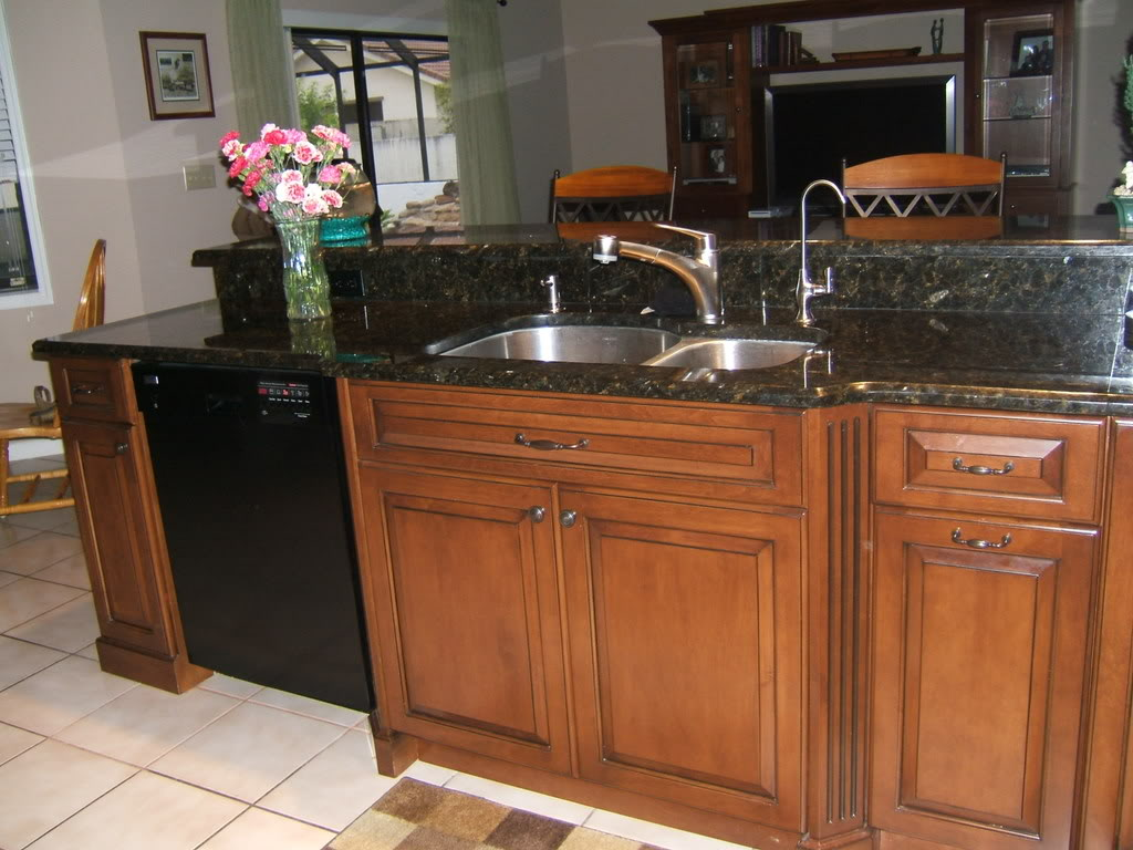 Image of: Engineered Quartz Countertops