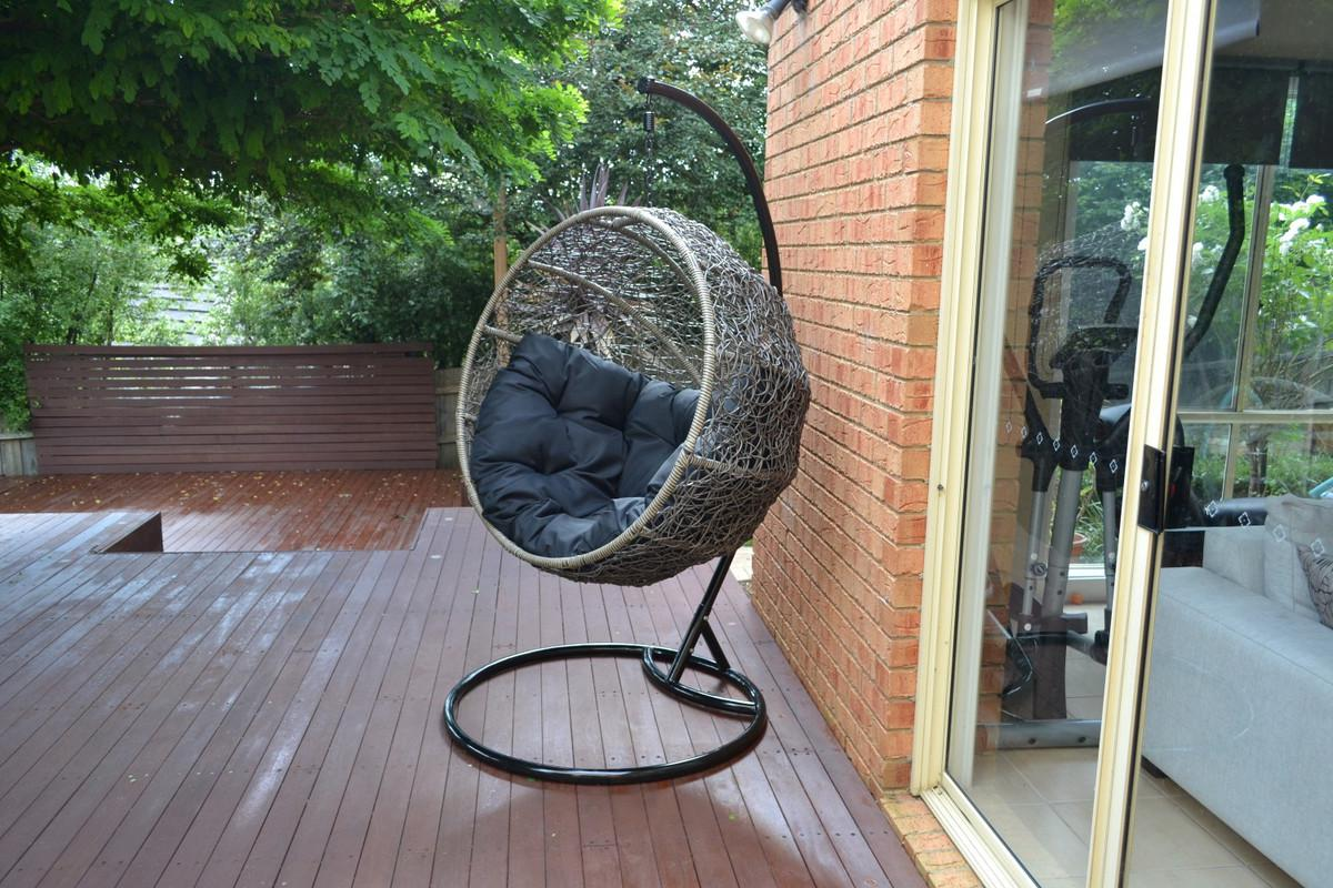 Image of: Hanging Wicker Chair