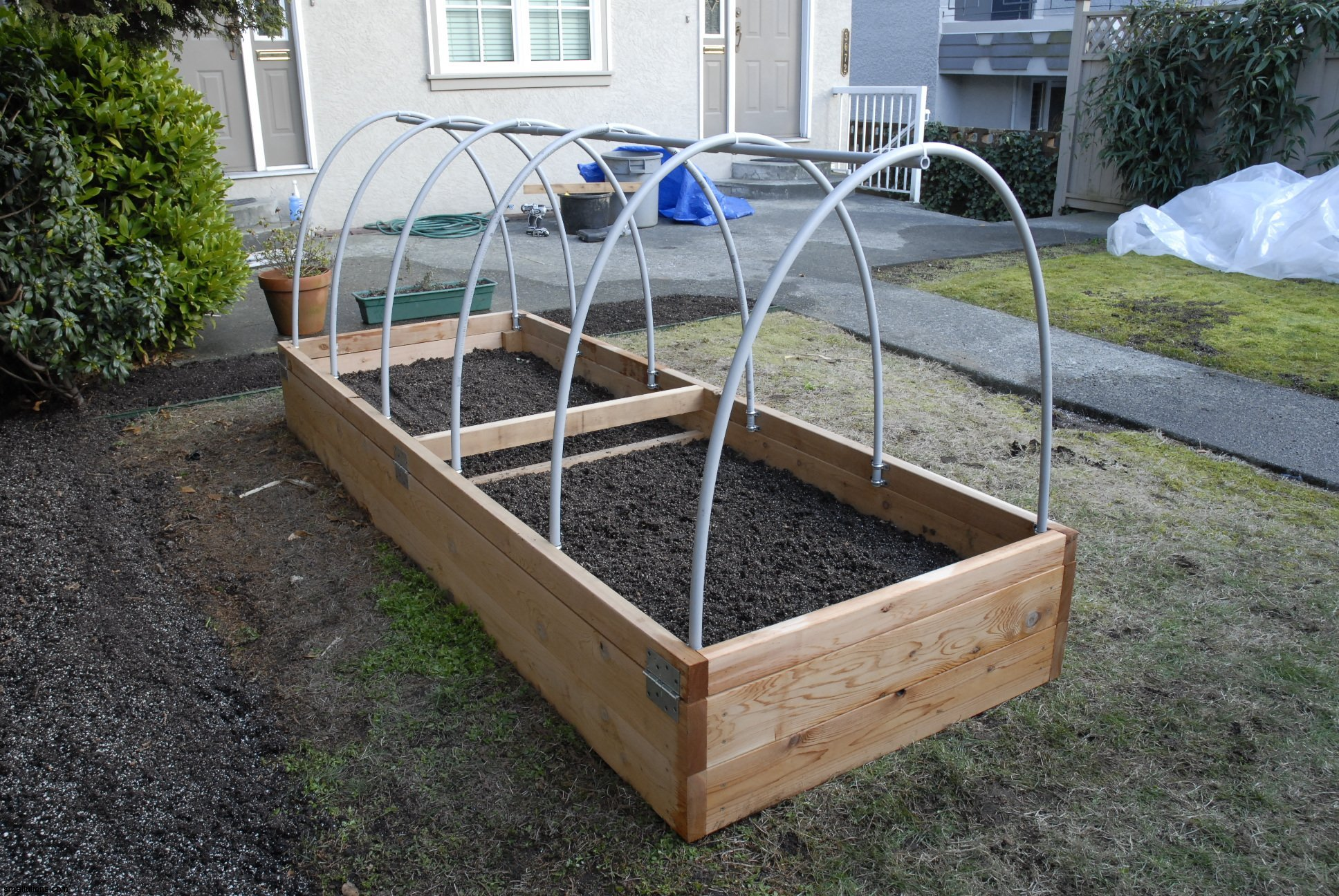 Image of: How To Build A Raised Bed
