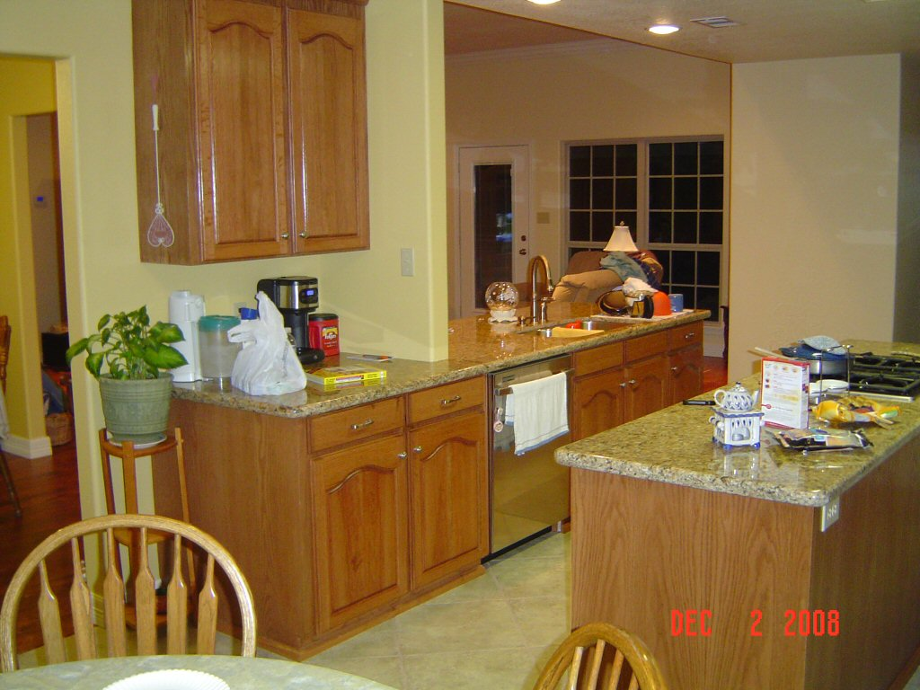 Image of: Kitchen Backsplash Ideas With Oak Cabinets