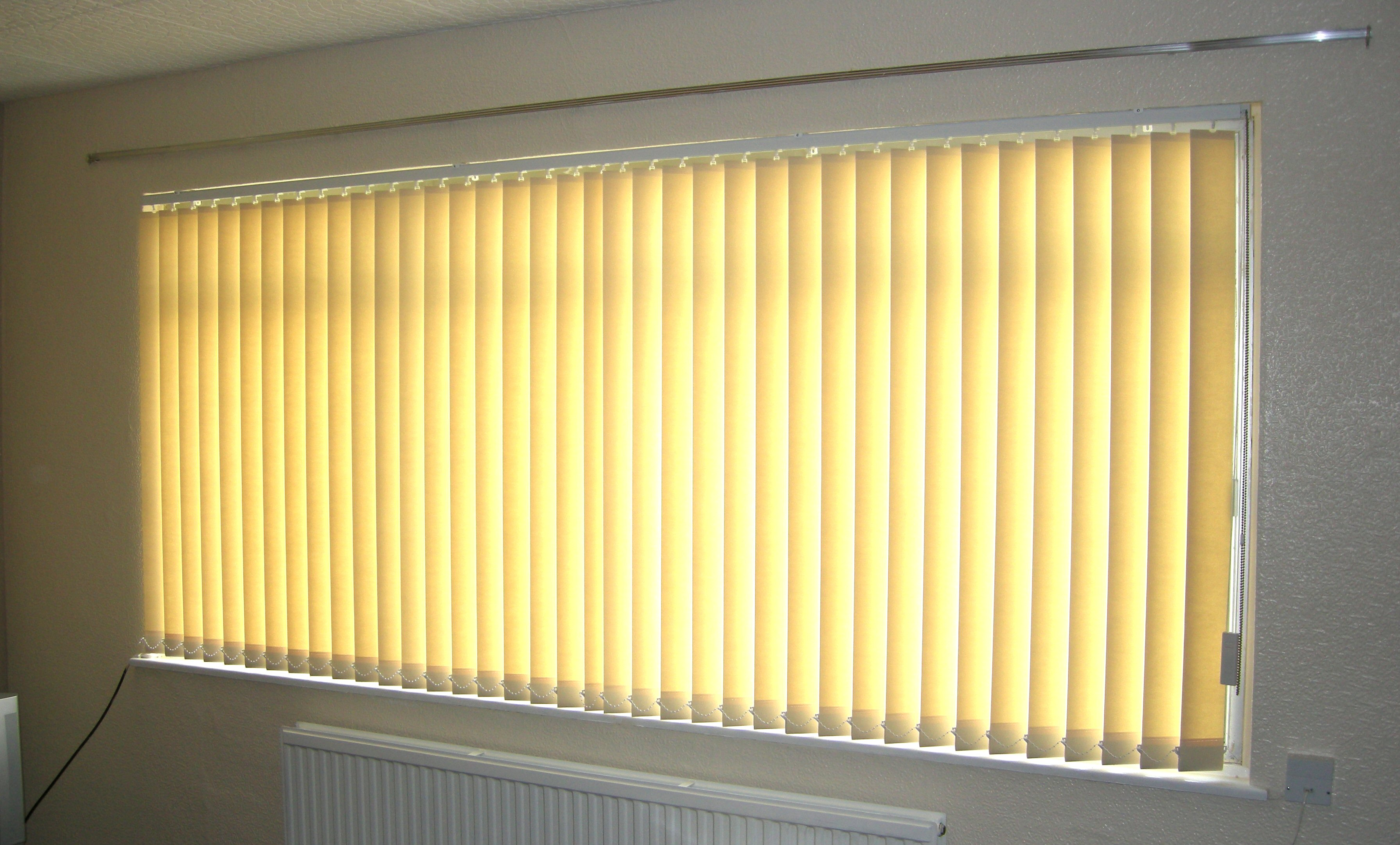 Image of: Lowes Iris Window Blinds
