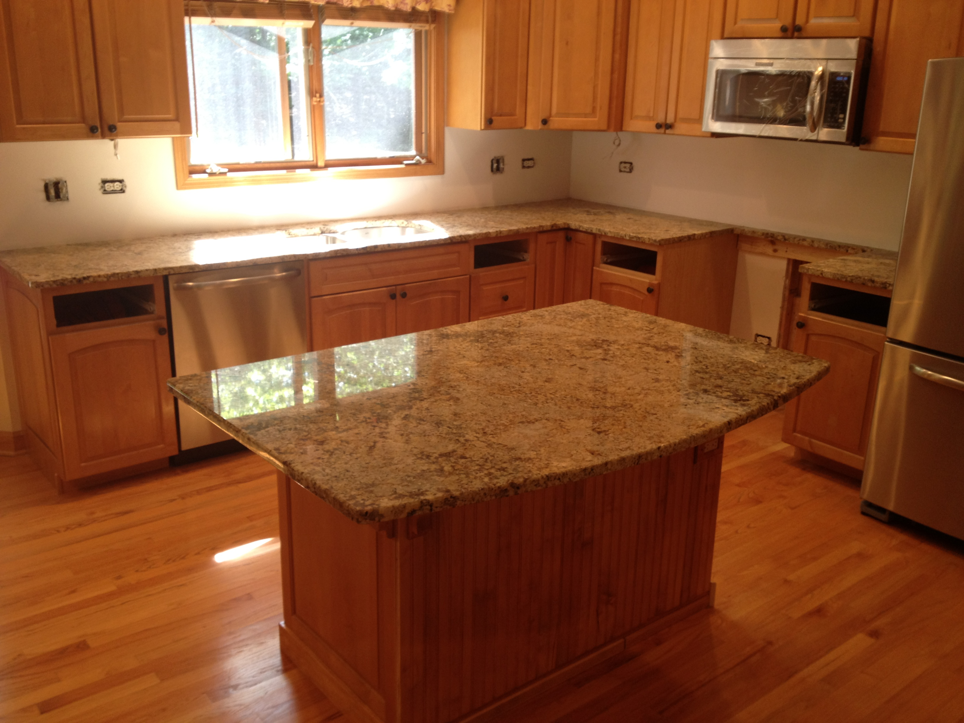 Image of: Lowes Quartz Countertop Colors