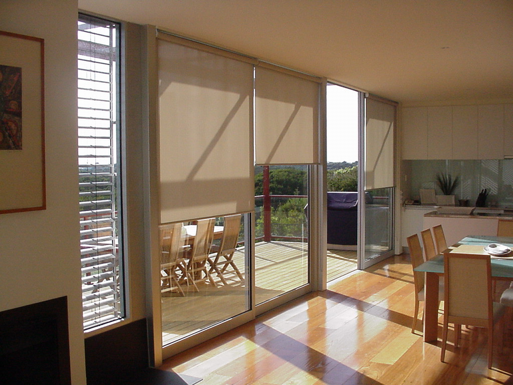 Image of: Lowes Window Blinds Installation