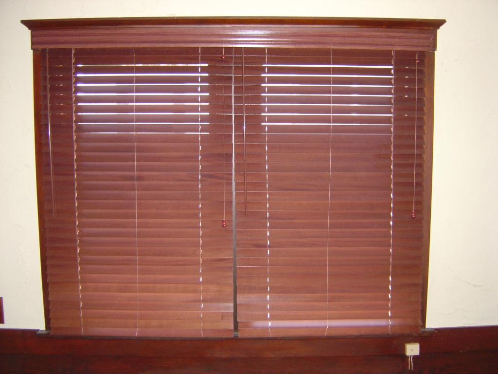 Image of: Lowes Wooden Window Blinds