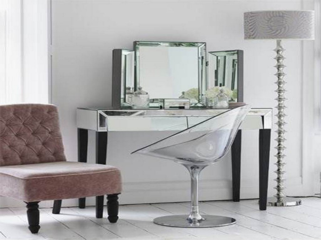 Image of: Mirrored Furniture Ikea