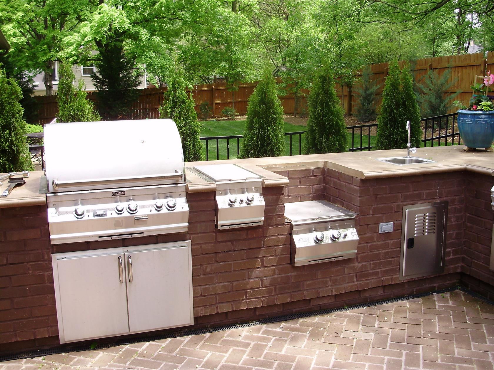 Image of: Outdoor Kitchen Ideas