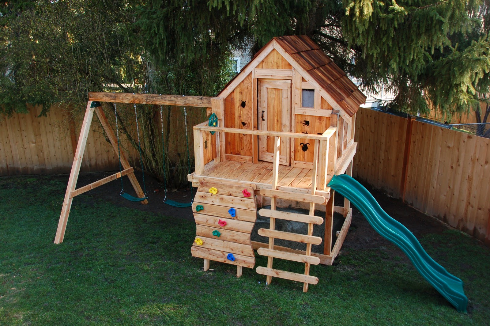 Image of: Outdoor Play Sets For Kids