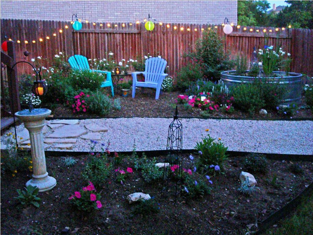 Image of: Outdoor Solar Lighting