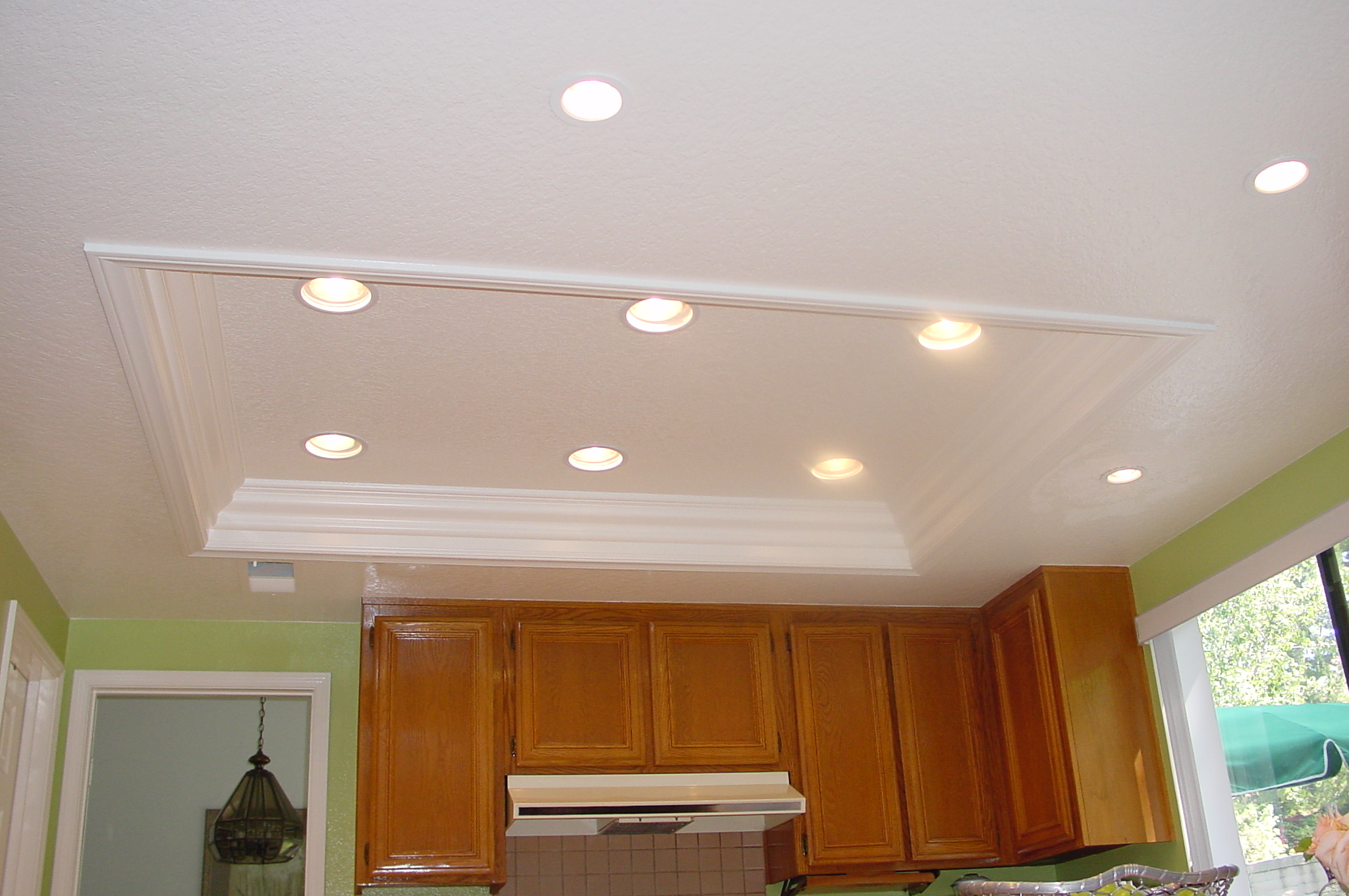 Image of: Recessed Lights Installation Cost