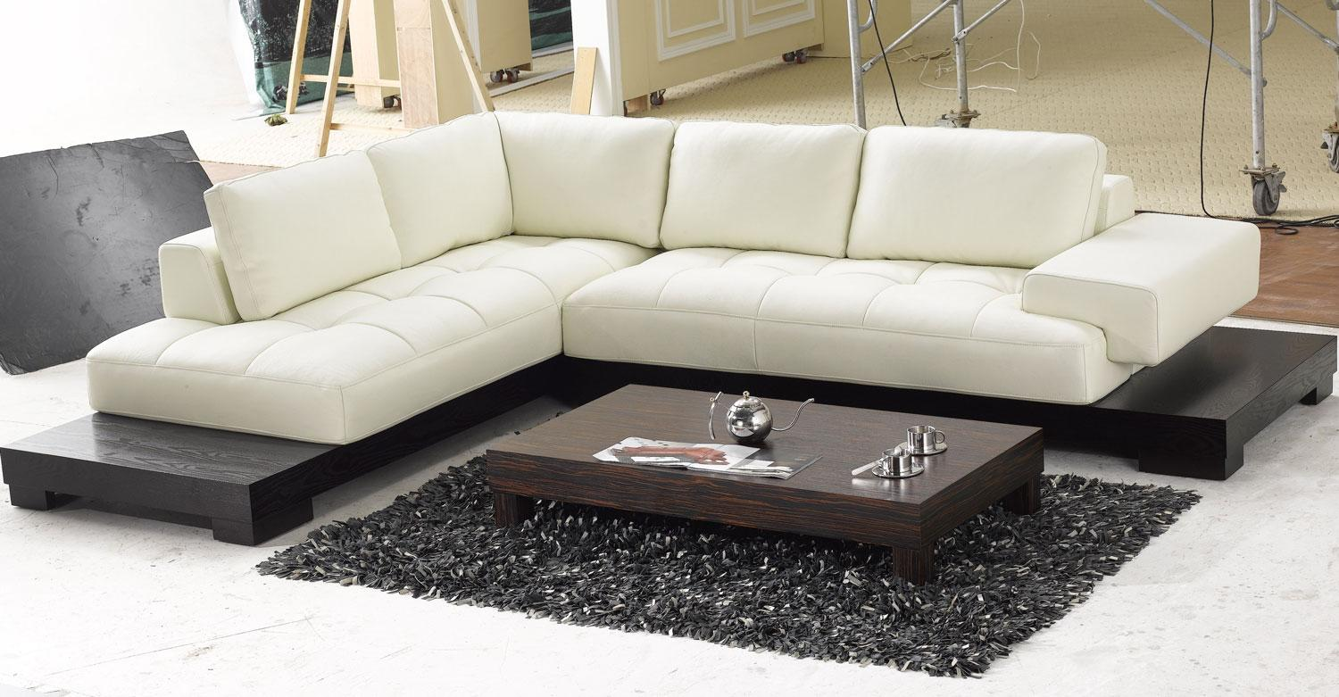 Image of: Sectional Couches On Sale