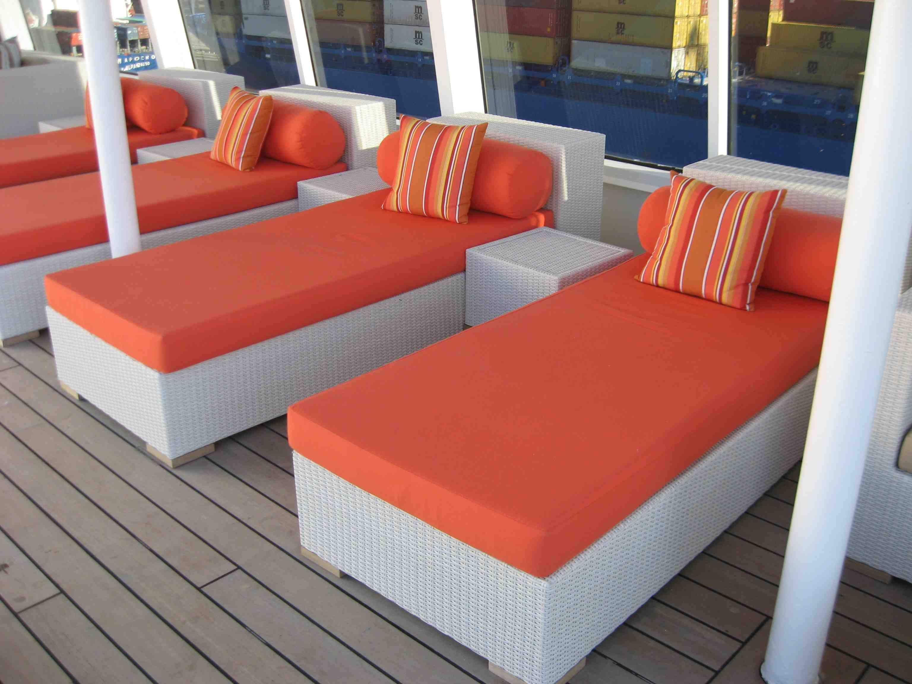 Image of: Synthetic Wicker Outdoor Furniture