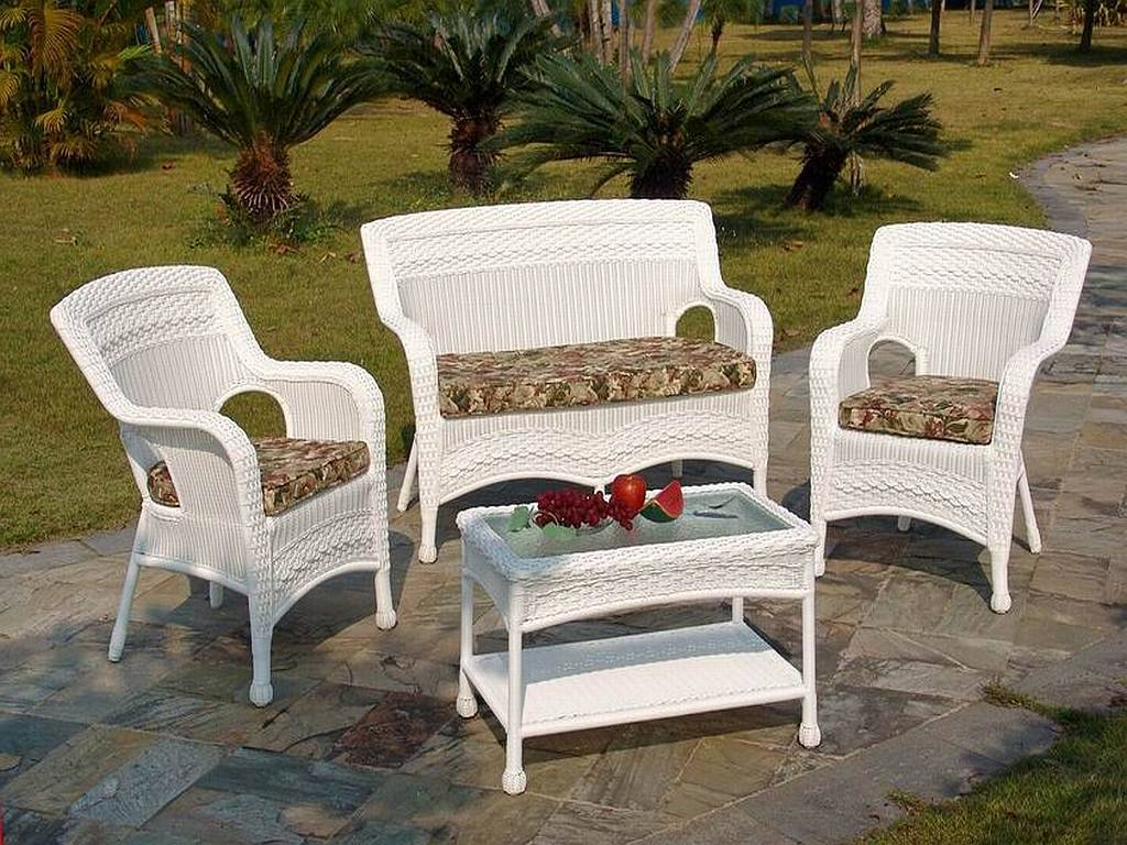 Image of: Target Resin Wicker Chairs