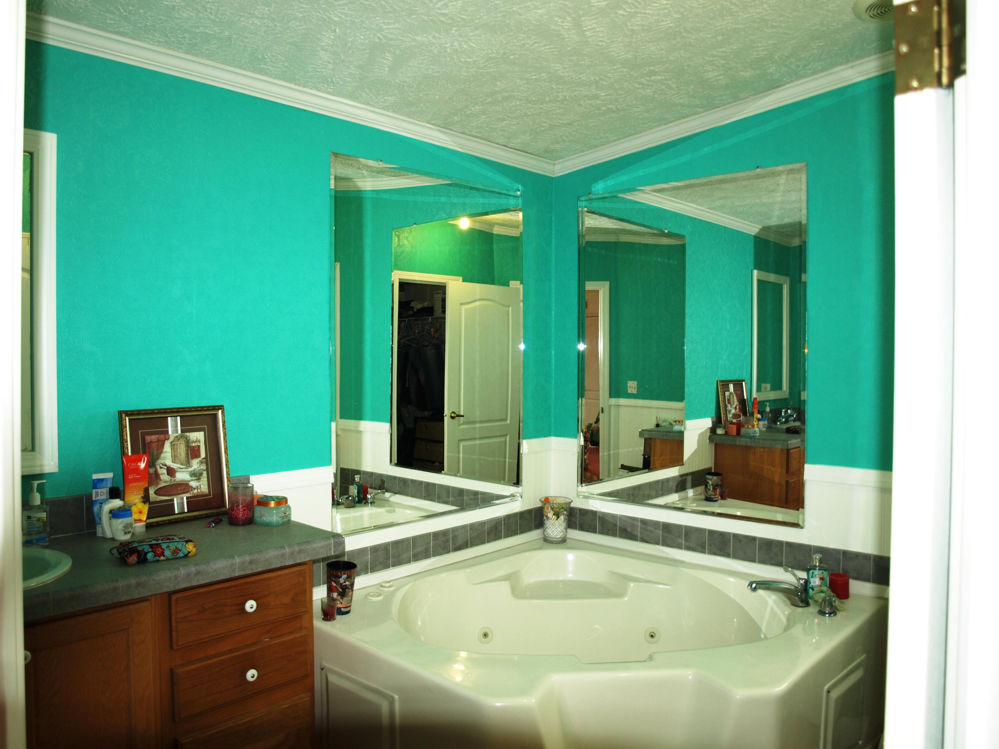 Image of: Tiffany Blue Paint Color Behr