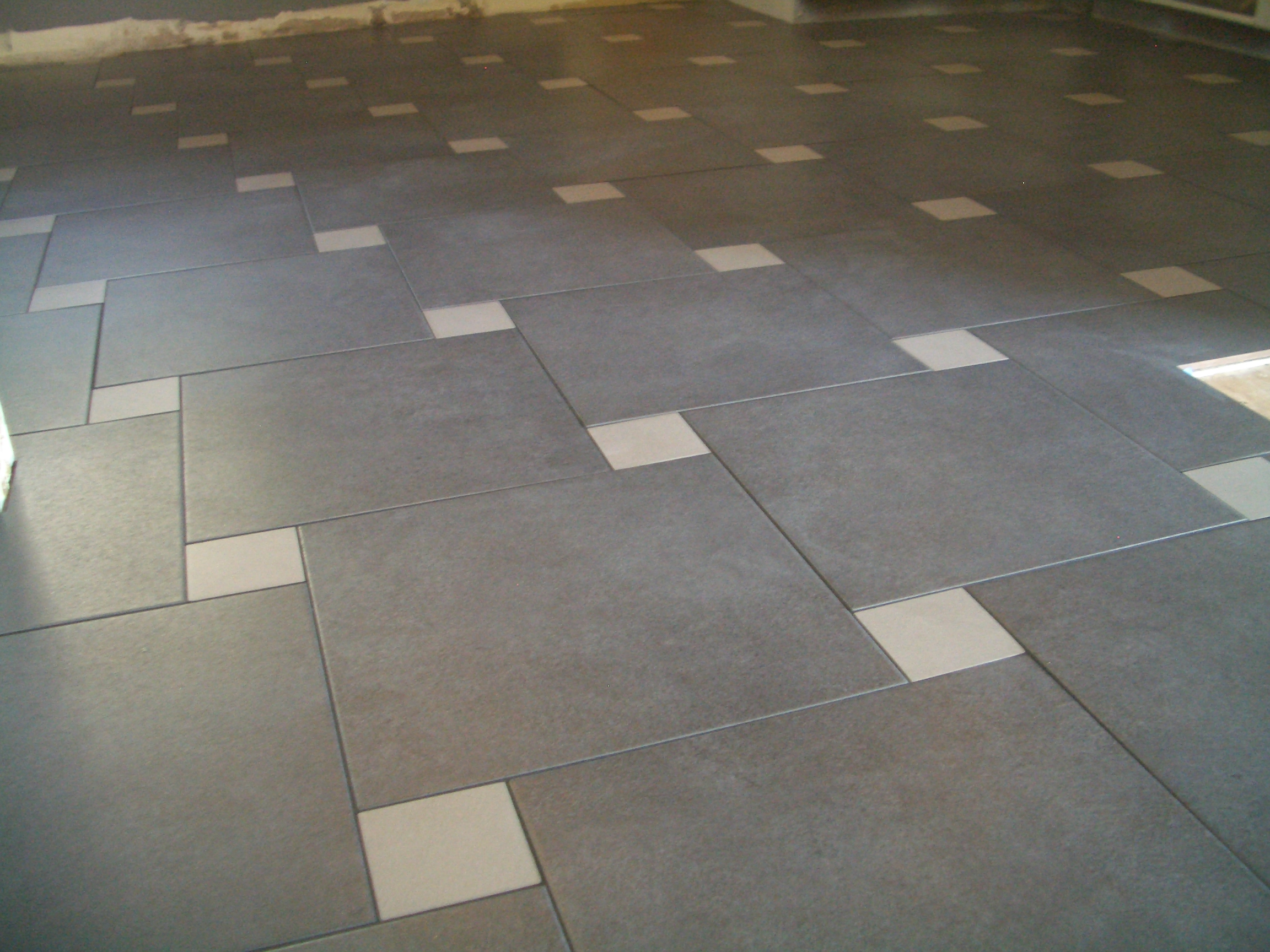 Image of: Tile Floor Pattern Ideas