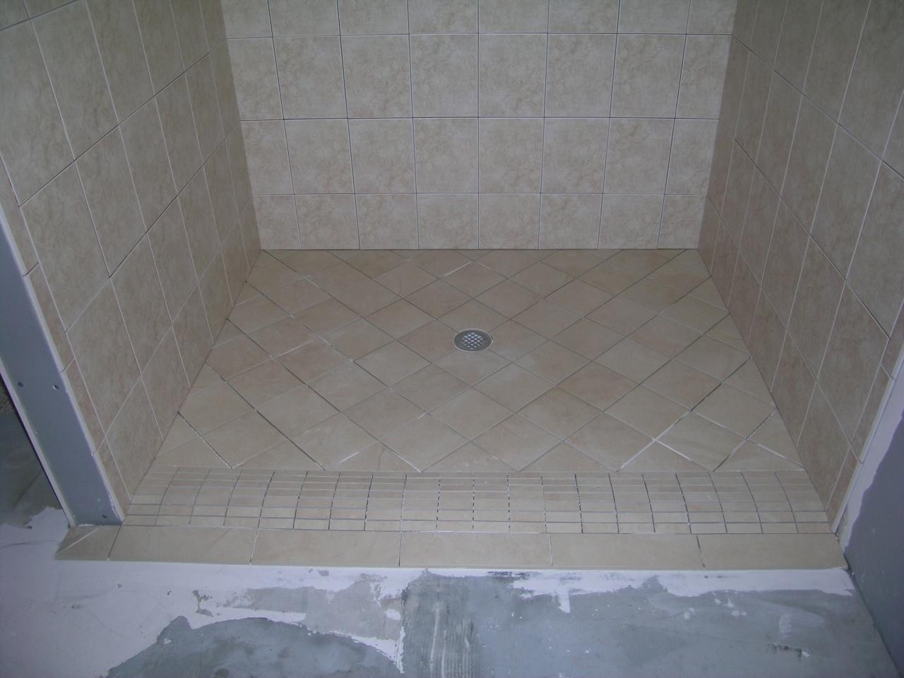 Image of: Tile Shower Designs
