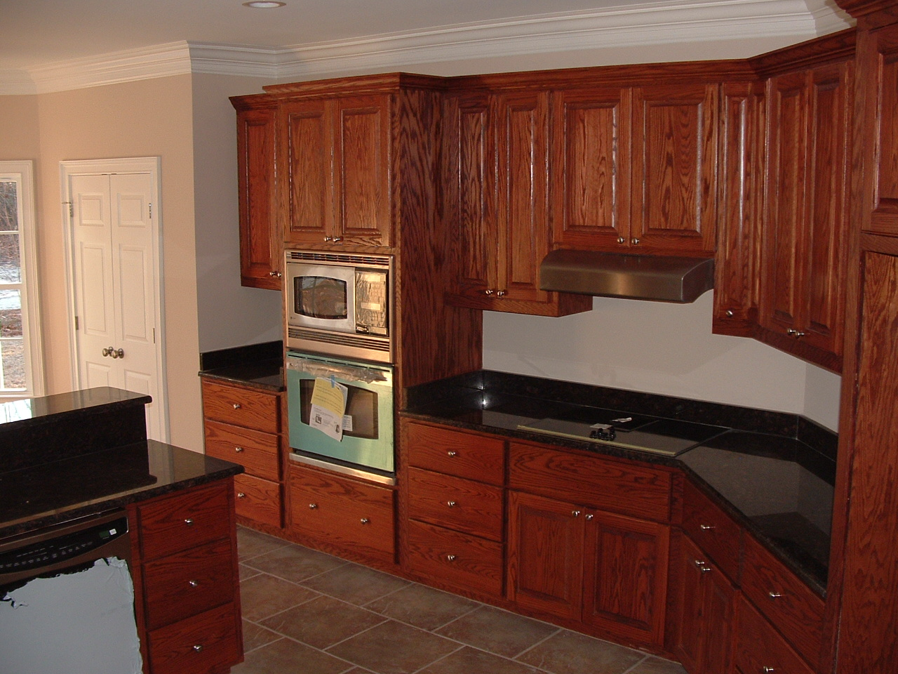 Image of: Unfinished Oak Kitchen Cabinets