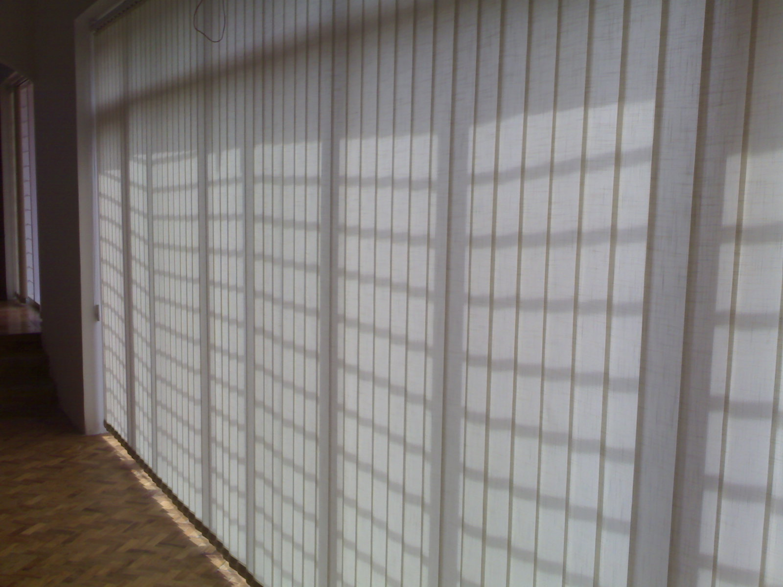 Image of: Vertical Blinds For Sliding Glass Doors