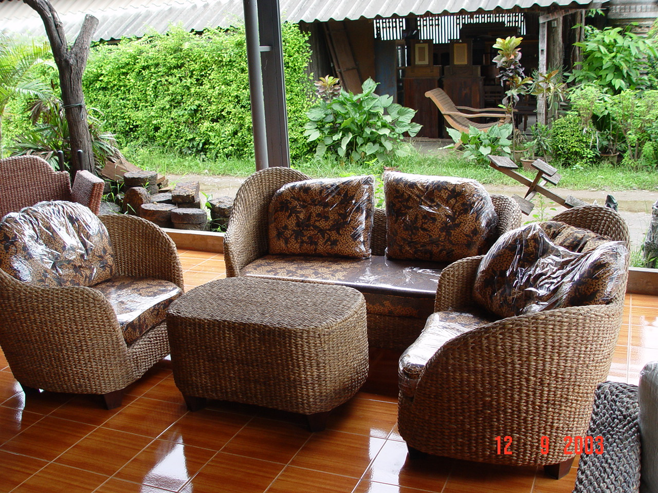 Image of: Vintage Rattan Patio Furniture