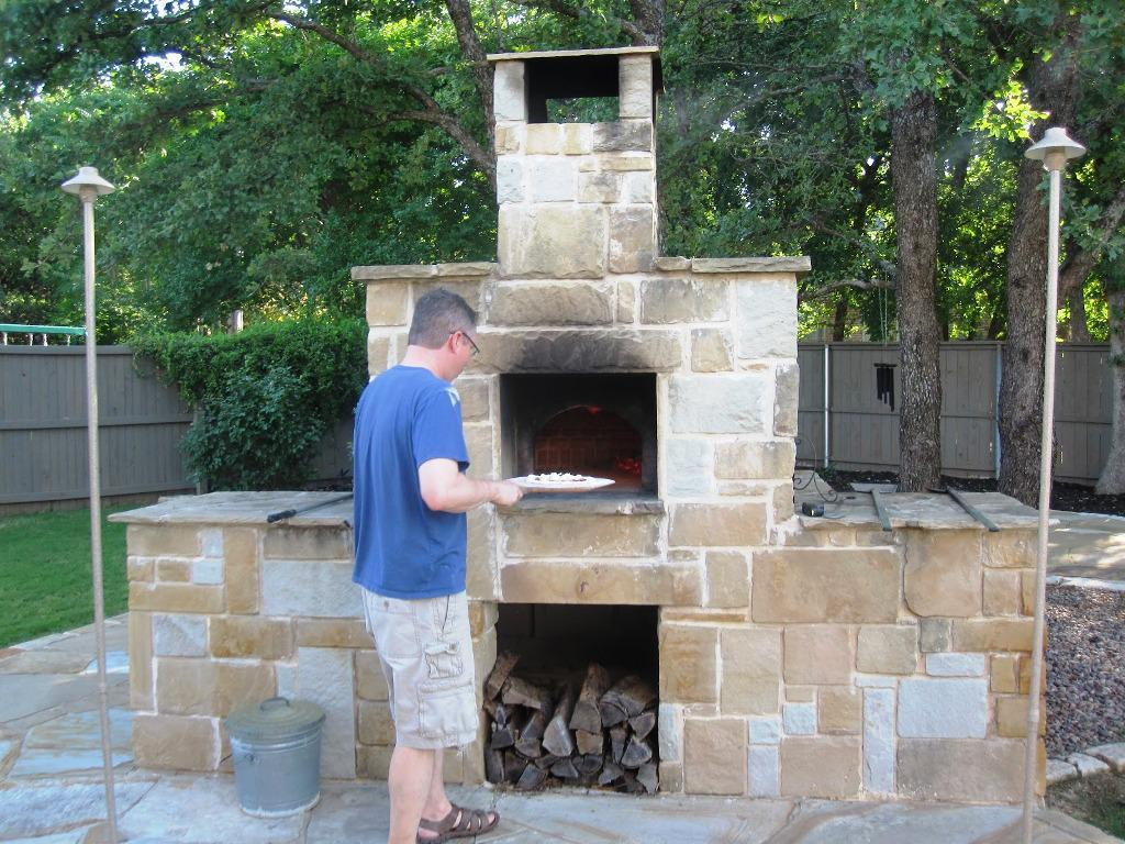 Image of: Wood Fired Pizza Oven