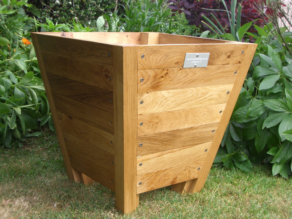 Image of: Wooden Planters Growing