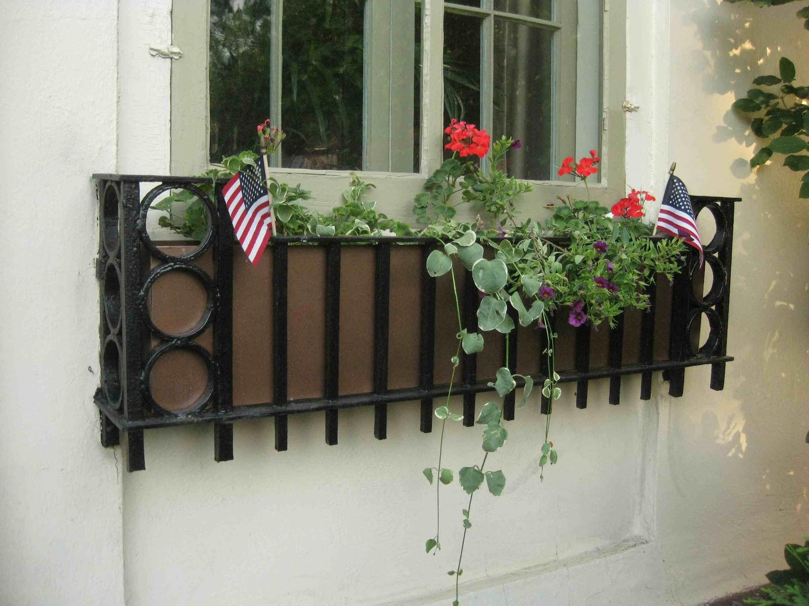 Image of: Wrought Iron Window Decor