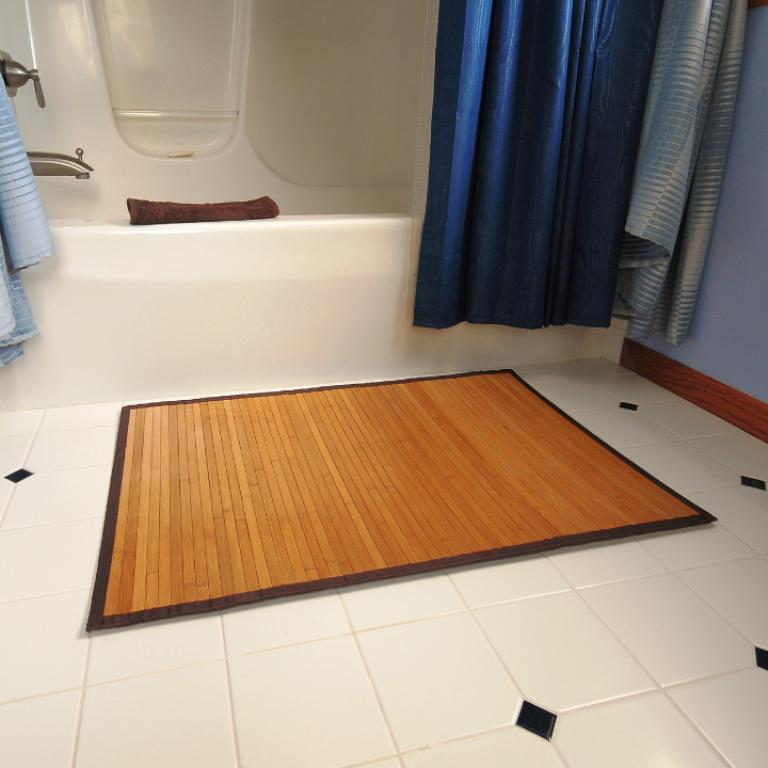 Image of: Bamboo Bath Mats