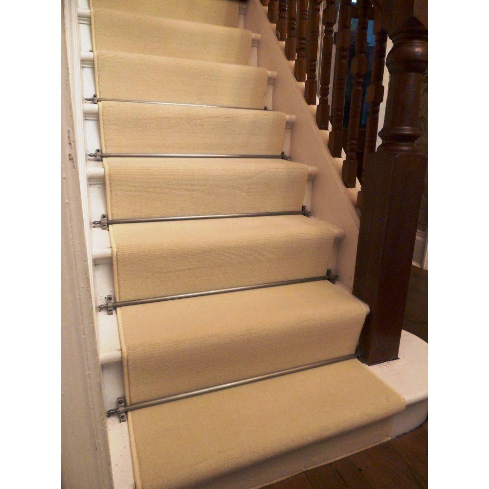 Image of: Carpet Runners For Carpeted Stairs