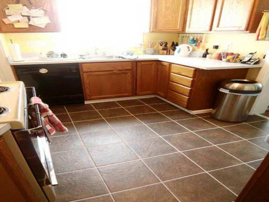 Image of: Kitchen Floor Tile Designs