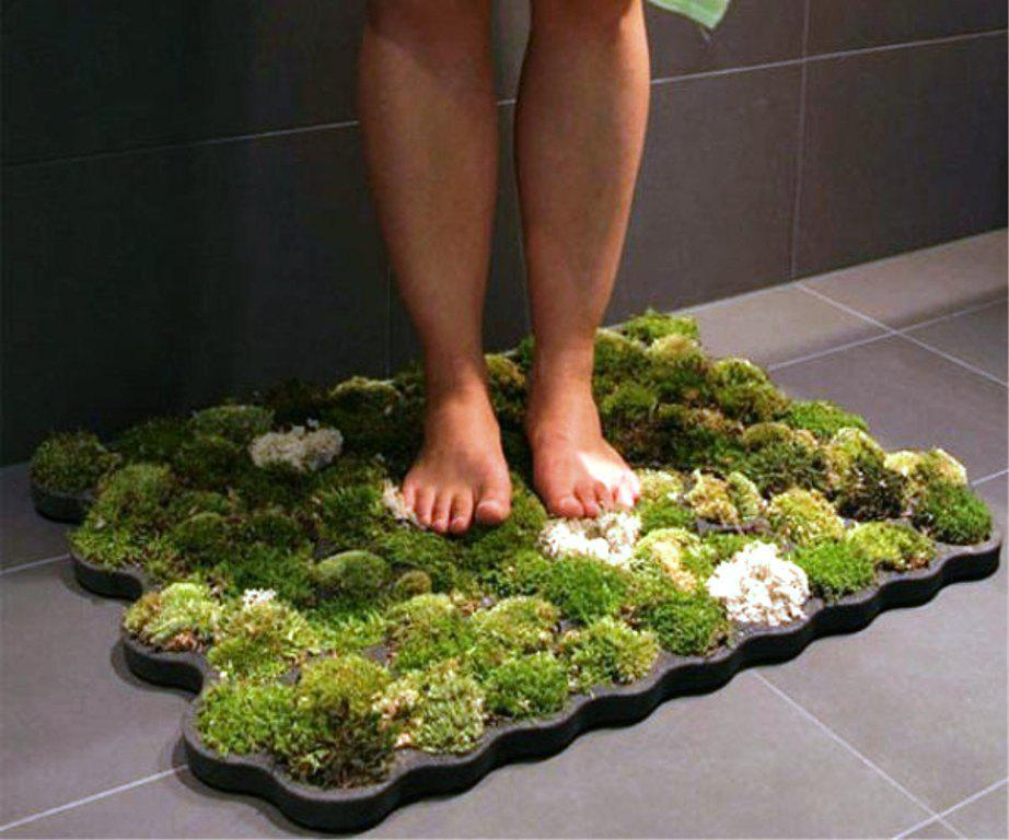 Image of: Living Moss Bath Mat