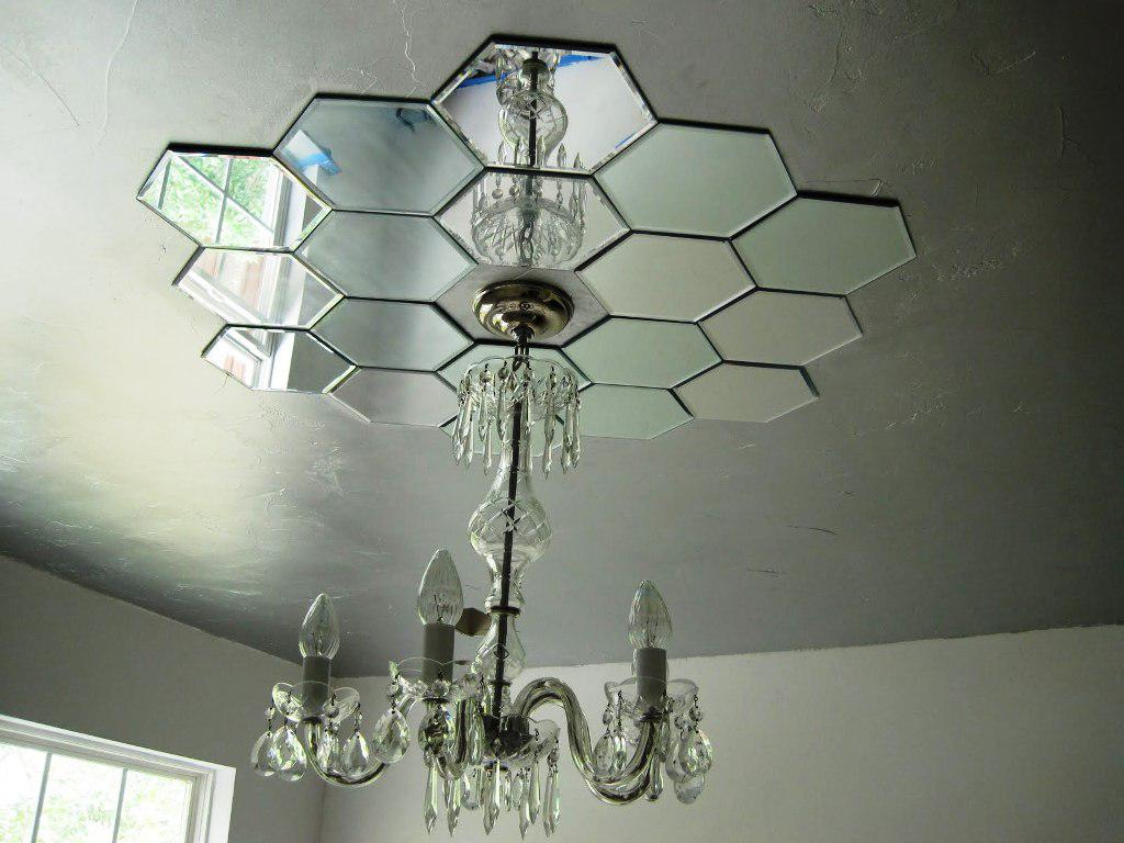 Image of: DIY Ceiling Medallion