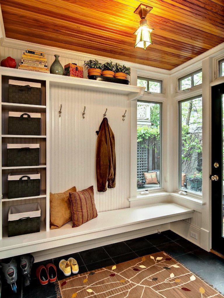 Image of: IKEA Mudroom Ideas