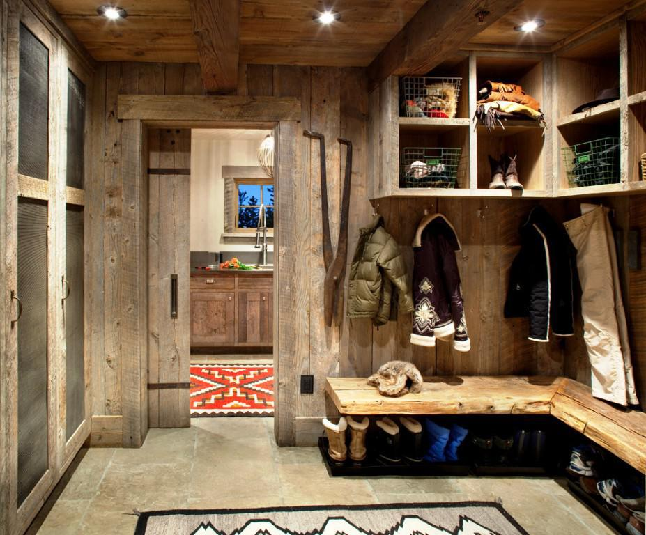 Image of: Laundry Mudroom Ideas