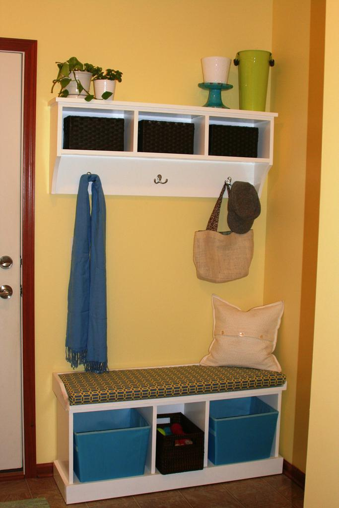 Image of: Storage Bench With Coat Rack