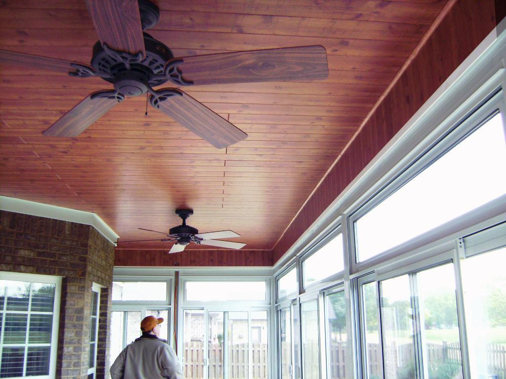 Image of: Wood Plank Ceiling